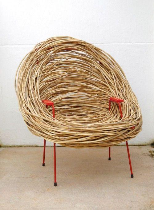 Оригинальное бамбуковое кресло