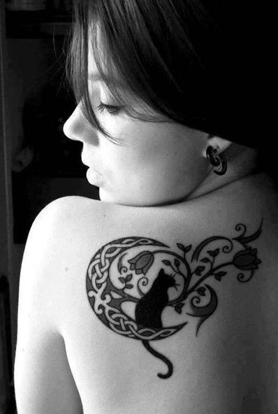 фото женское тату на спине