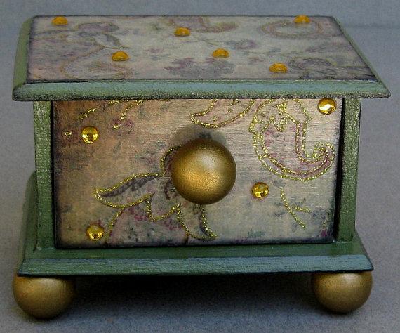 59-12 Декупаж мебели салфетками своими руками – способы, мастер-классы