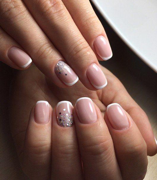 Скромный дизайн ногтей