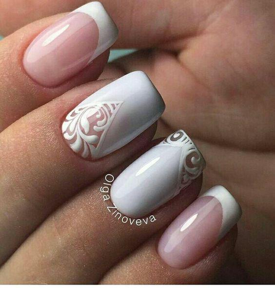 Креативный френч на ногтях фото