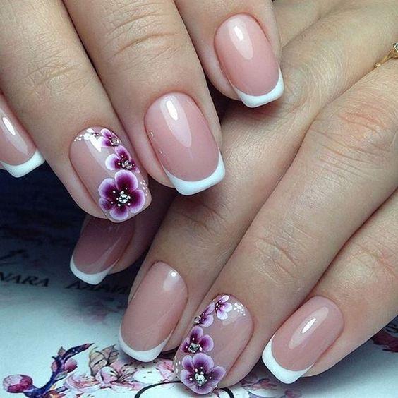 Дизайн на ногтях френч