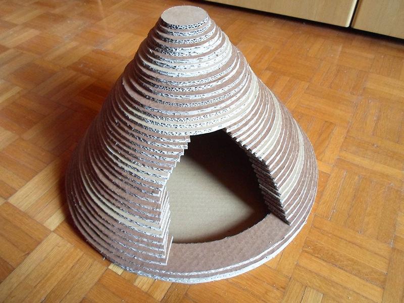 FEUHB36HU4896CG.LARGE-min Как сделать домик для кота своими руками: 13 идей и мастер классов