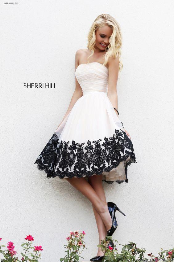 100 платьев
