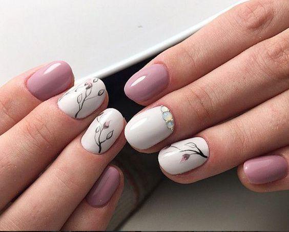 Маникюр на короткие ногти шеллаком. Идеи дизайна ногтей 94
