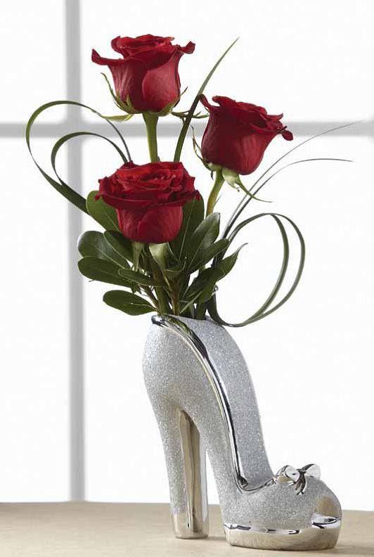 Цветы в форме туфельки