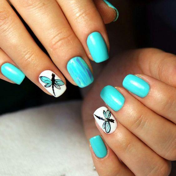 Летний маникюр на маленькие ногти