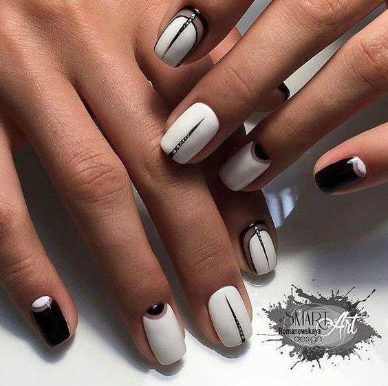 Линии дизайн ногтей