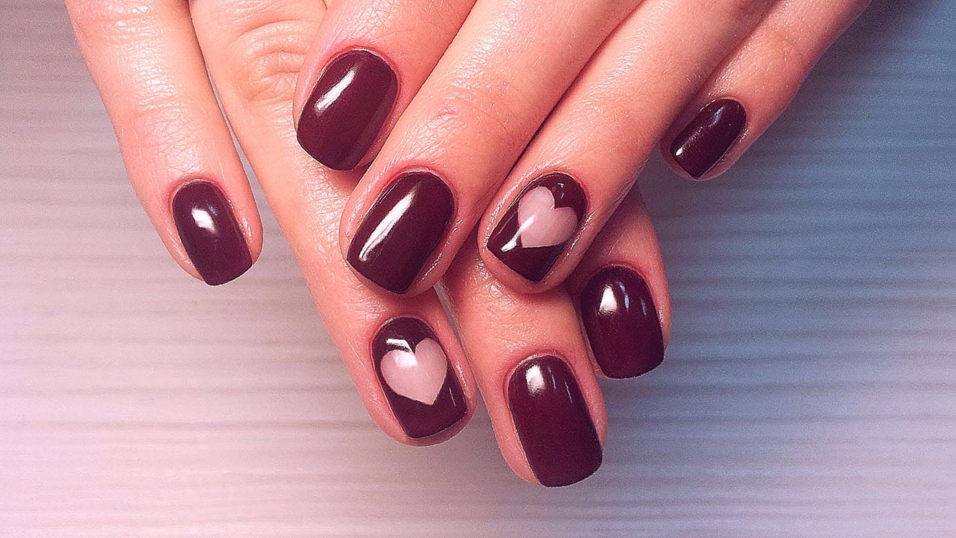 shlak_dlja_nogtej_dizajn_na_korotkie_nogti_foto_1 Красивый маникюр на короткие ногти 2019-2020: фото идеи маникюра на короткие ногти
