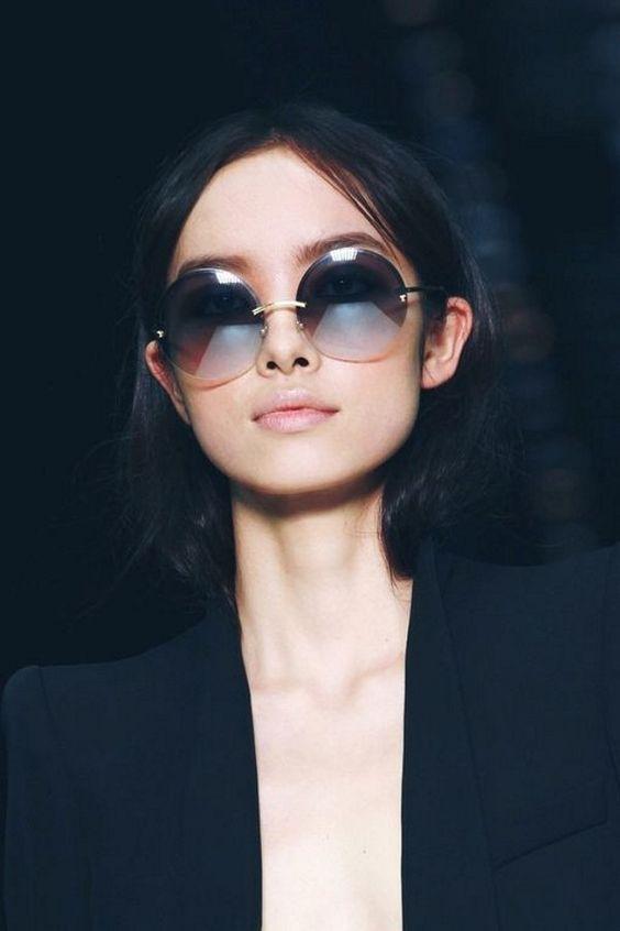 Женственные круглые очки