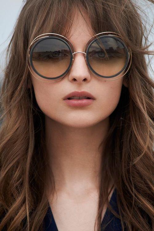 Круглые очки в металлической оправе
