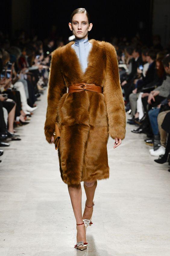Роскошное пальто
