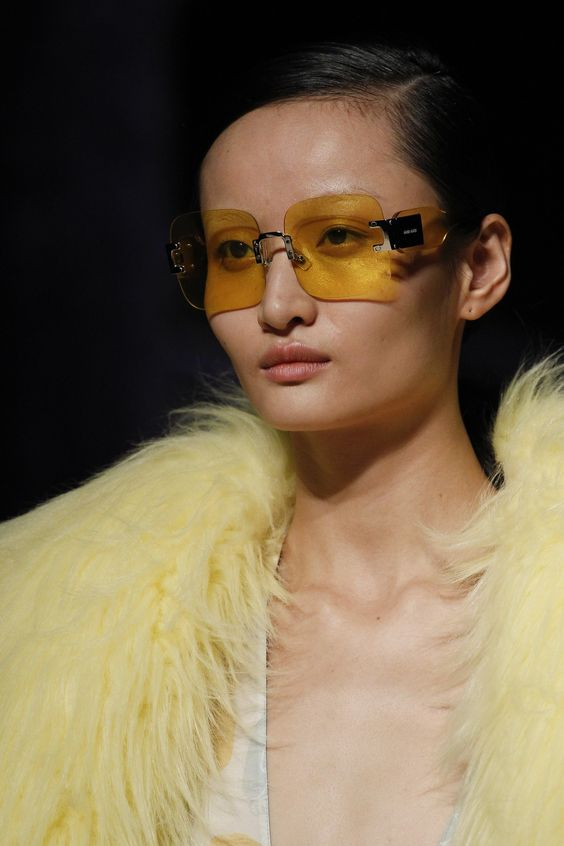 Прозрачные желтые очки
