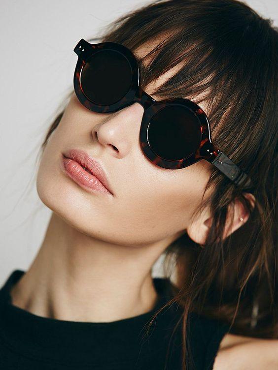 Элегантные очки круглой формы