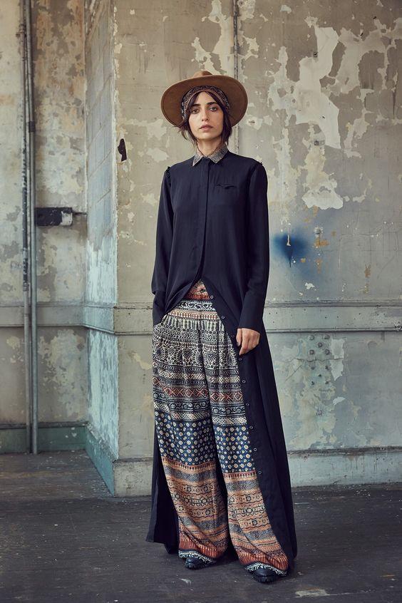 легкие брюки с орнаментом