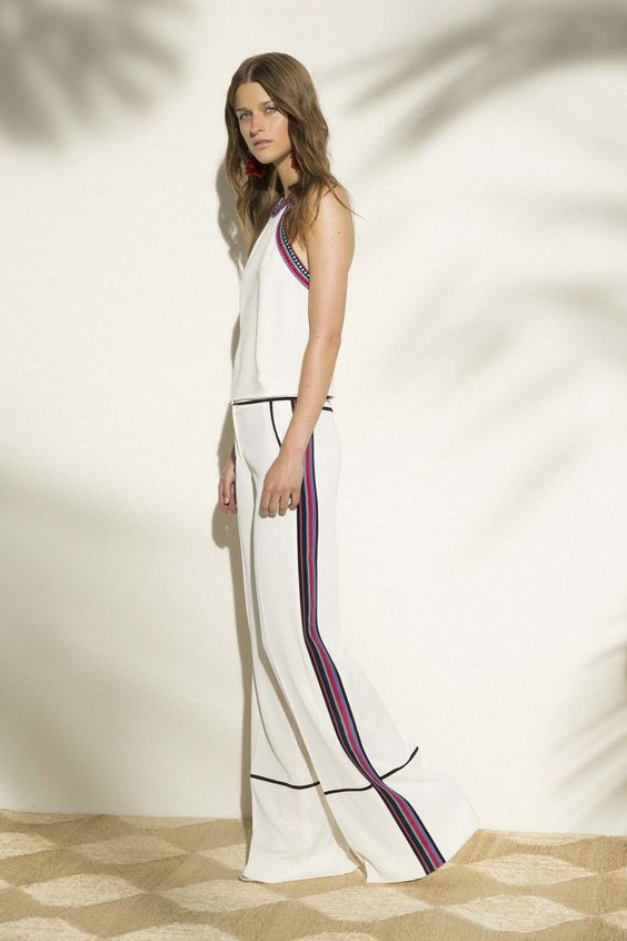 белые брюки с лампасами 2017