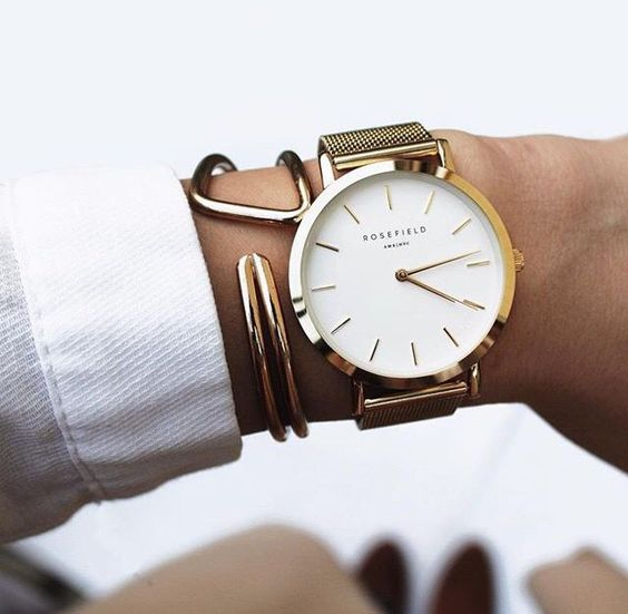 Модные женские часы: Лучшее 2018 года
