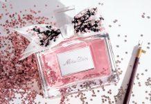 "аромат ""Miss Dior"" в красивом флаконе с лентой"