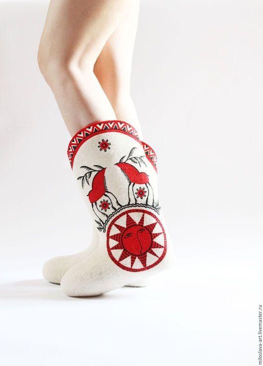 Стильная зимняя обувь: Валенки на фото изоражения