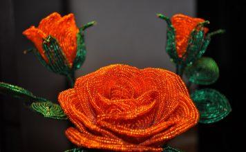 цветы из бисера