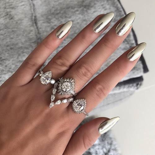 фото нарощенных ногтей с черным френчем