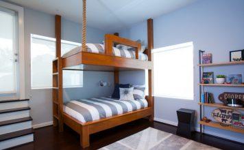 Кровать с тросом