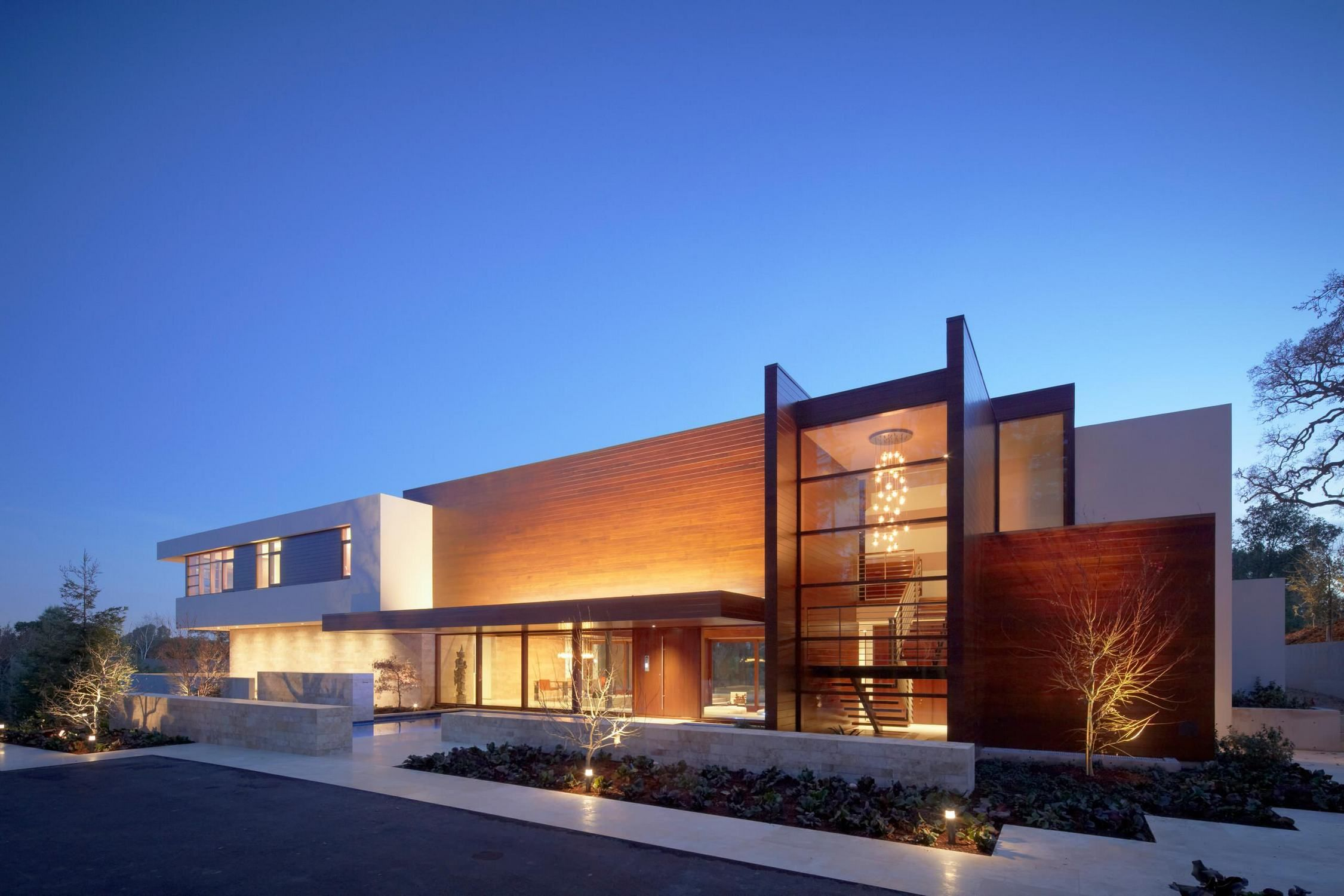Luxury Homes Exterior Design Admissions Guide