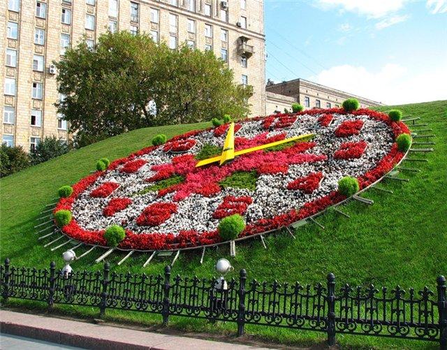 Часы из цветов