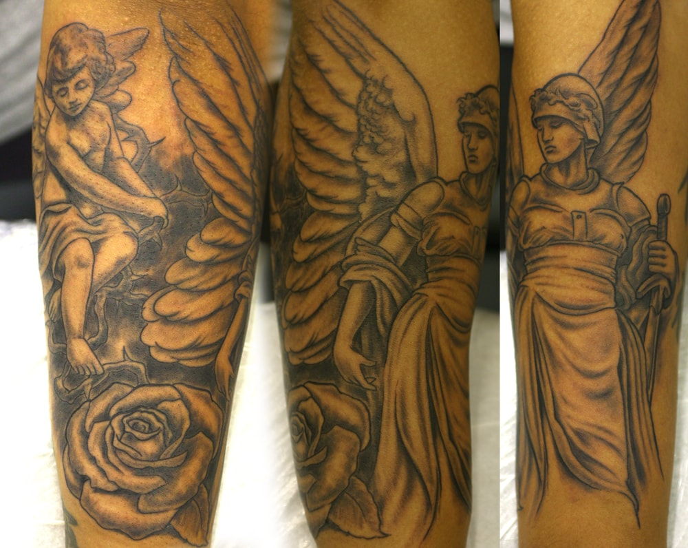 Татуировка ангел на руке девушке