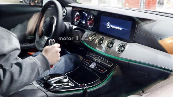 Обзор Mercedes-Benz CLS 2018 года