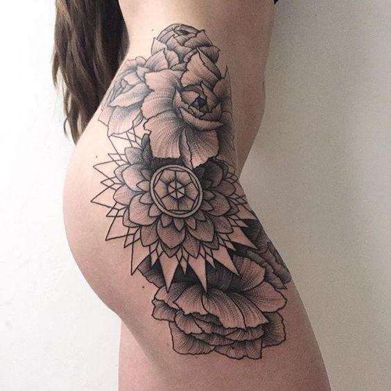 Женские тату на бедрах - фото и эскизы. Татуировки на бедре для девушек 21