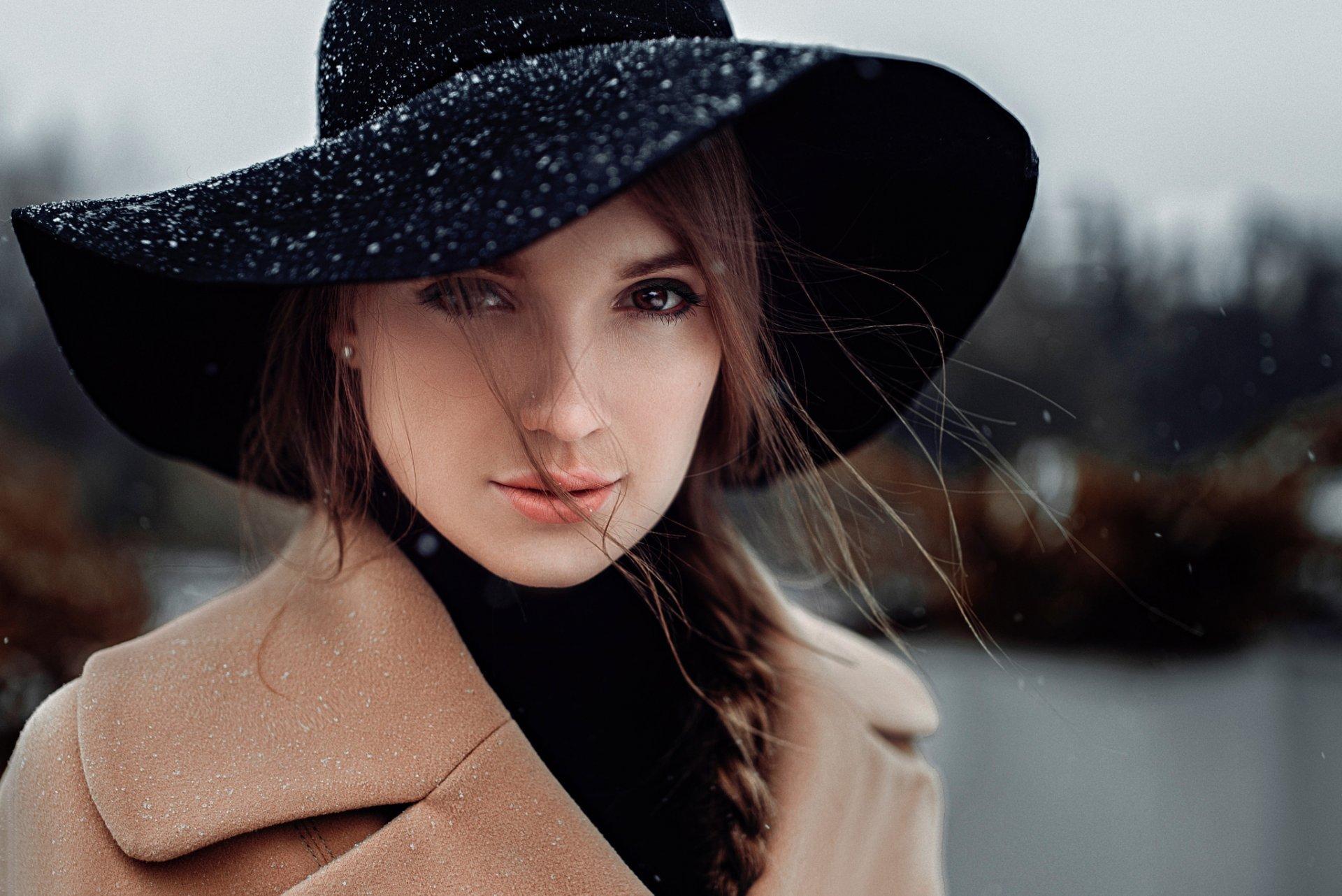 Картинках, картинки дама в шляпе зимой