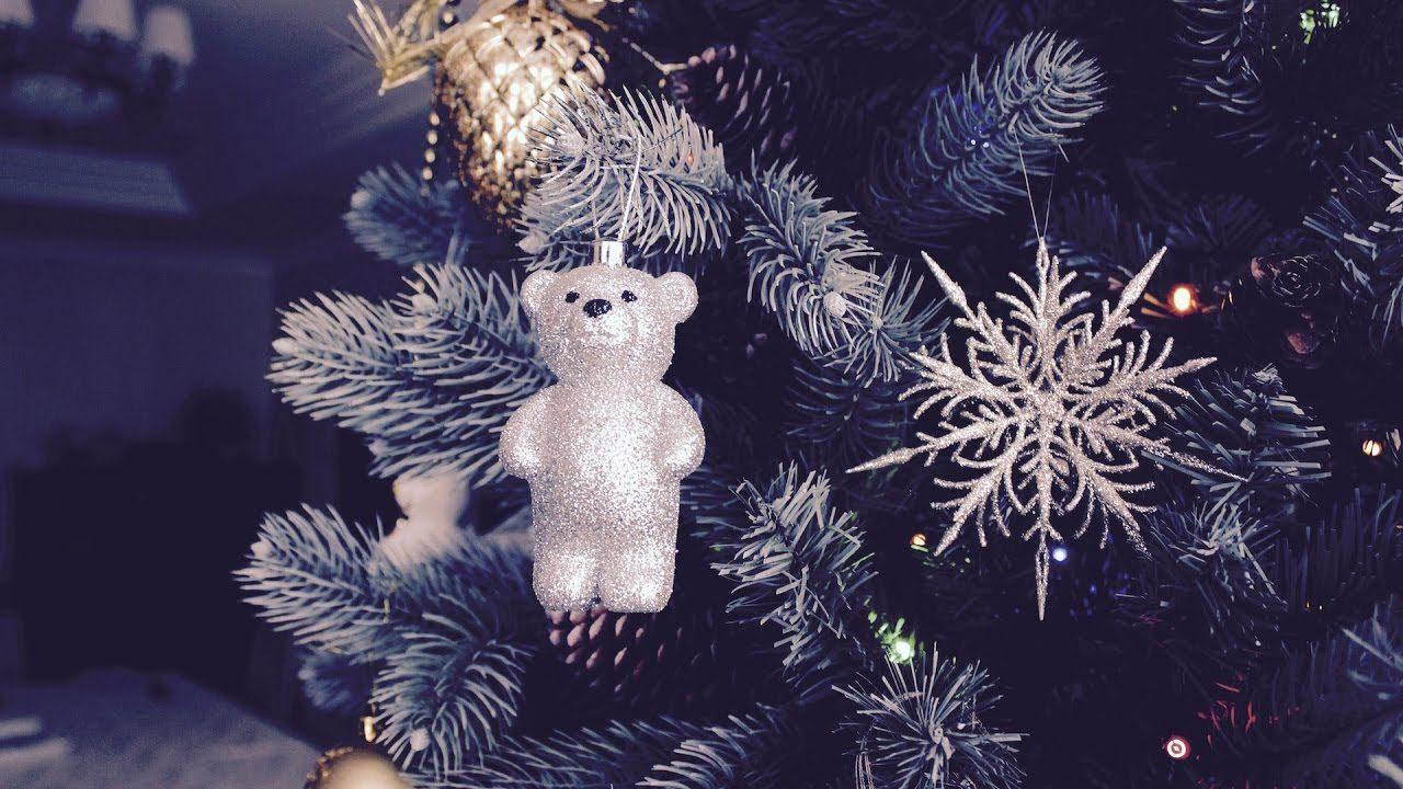 Мишка на елке