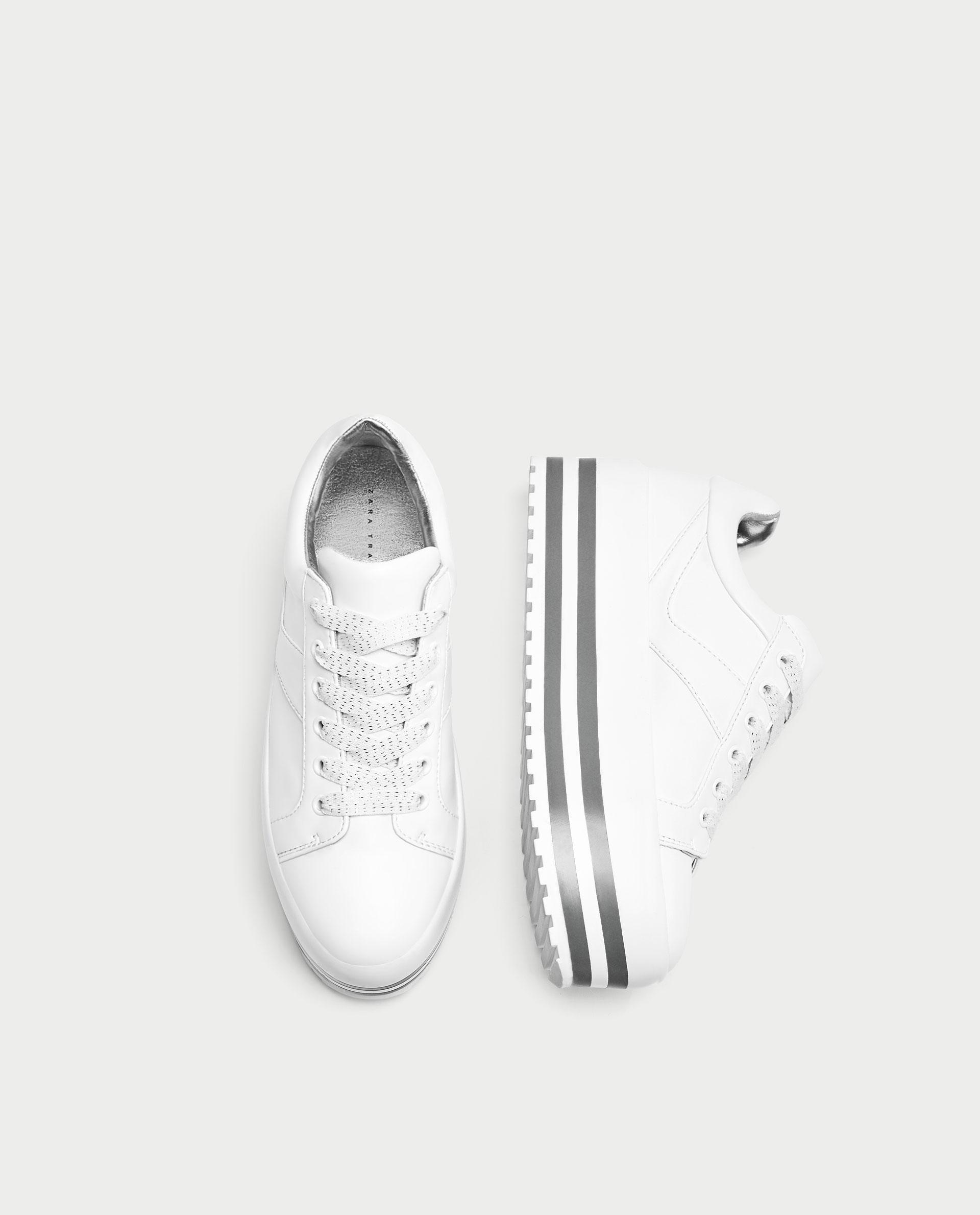 cdc5ba1fb Теперь даже в спортивной обуви можно сохранить женственность, так как  допустимо носить кроссовки с юбкой. Стиль спорт-шик немало поспособствовал  ...