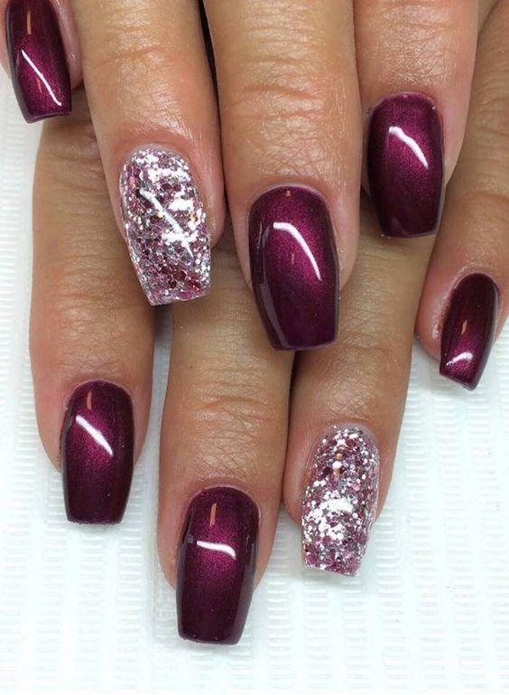Фиолетовый металлик в маникюре