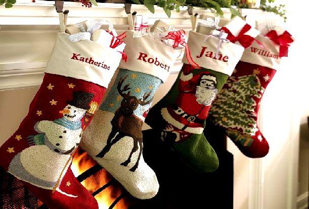 Новогодние носки с яркими картинками