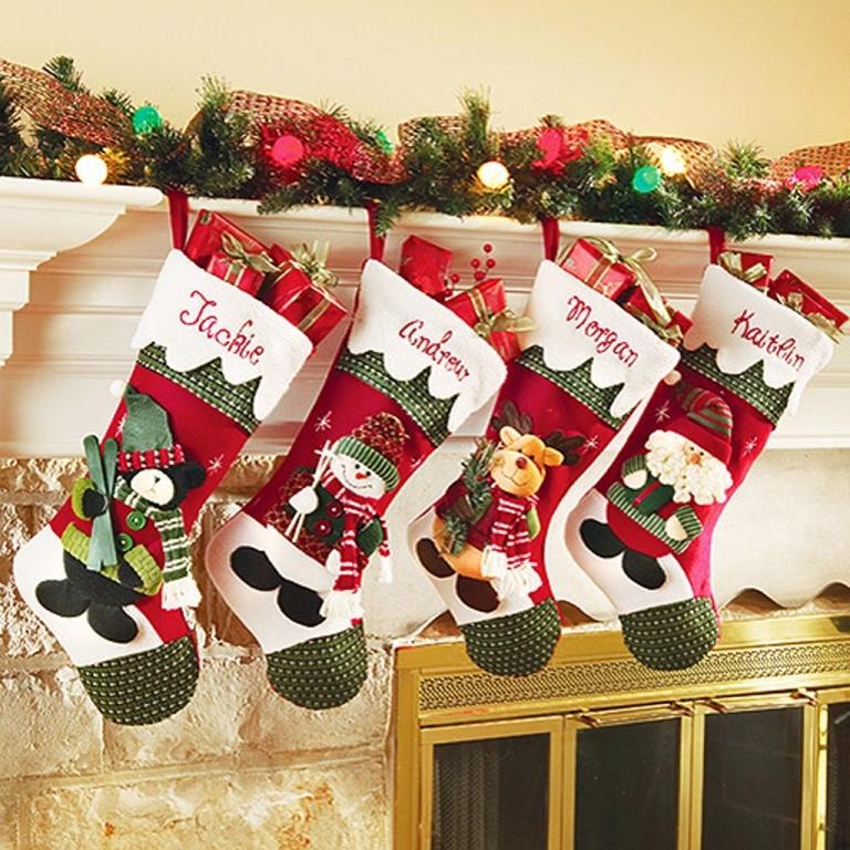 Яркие рождественские носки