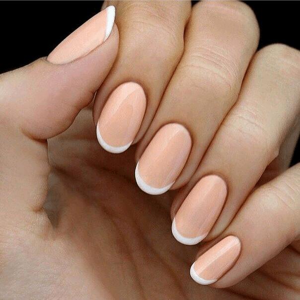 Нежный персиковый френч