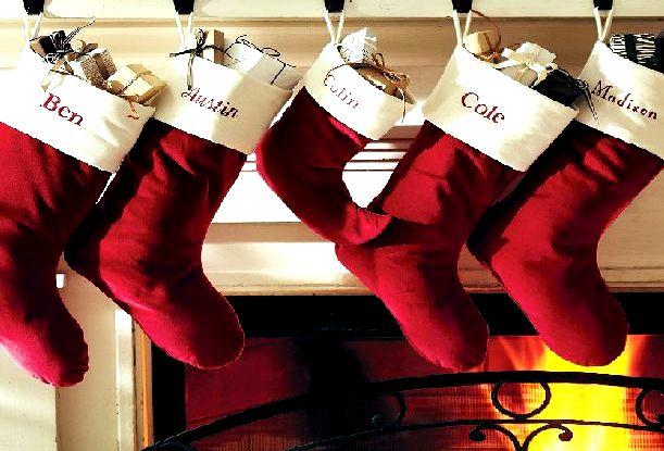 Классические новогодние носки