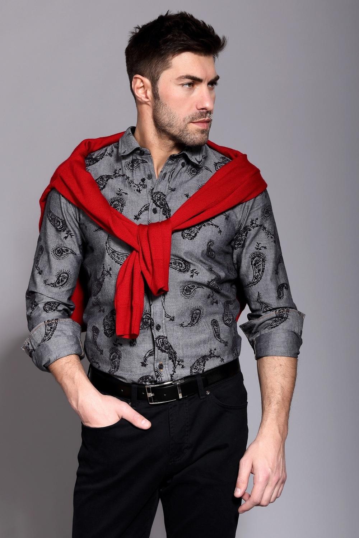 5db4e5917064b8d Правильно подобранная мужская рубашка гарантировано привлечет внимание  представительниц прекрасного пола.