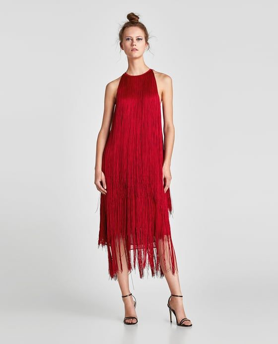 2b6821aad10 100 модных новинок  Платье с бахромой 2018 - с чем носить на фото