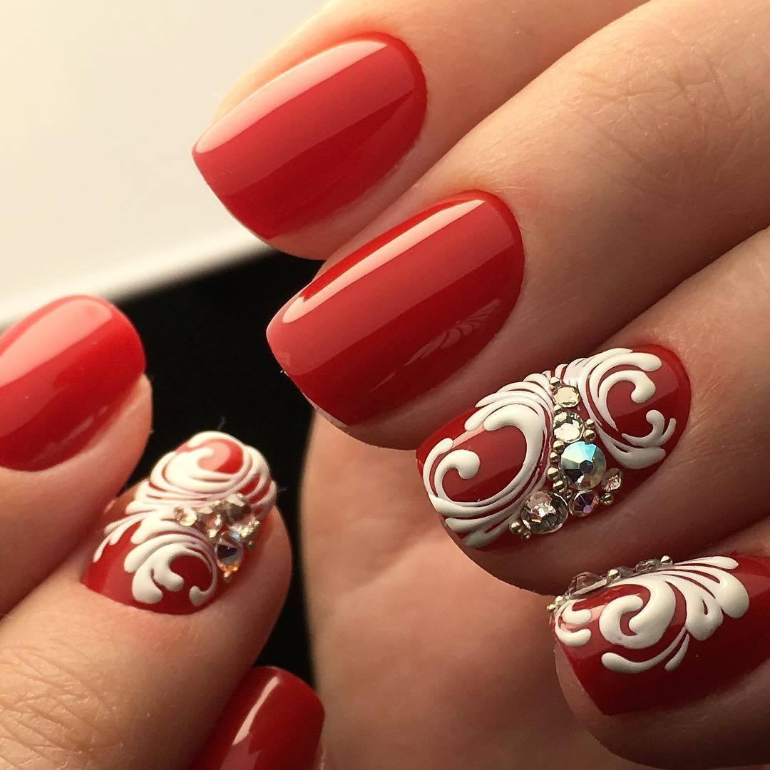 Идеи дизайна ногтей в красном цвете 16