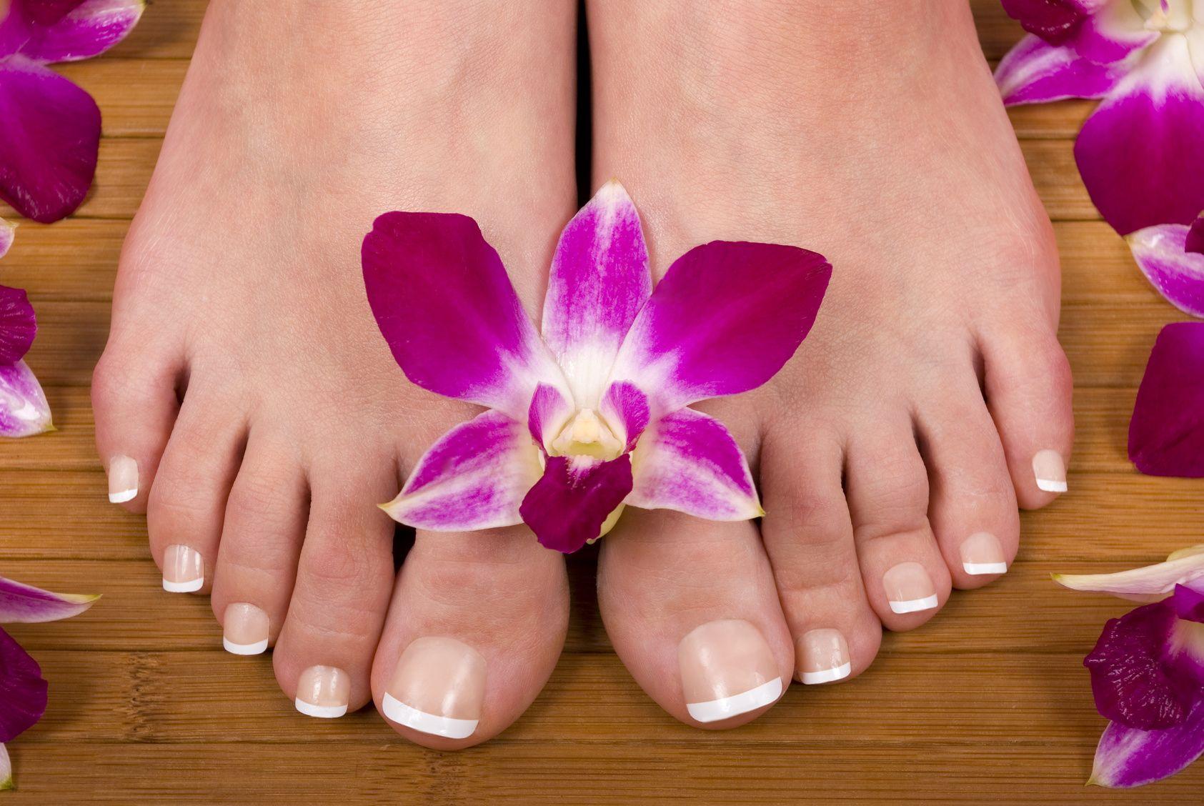 Картинка красивых ногтей ног