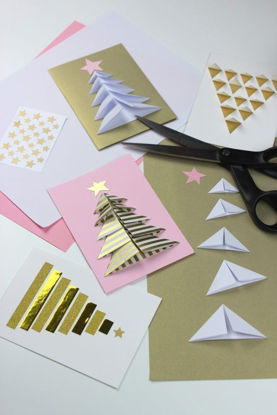 Днем друзей, как сделать открытку елочку из бумаги 3 класс