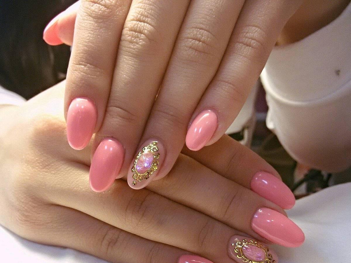Картинки овальных ногтей, сестре
