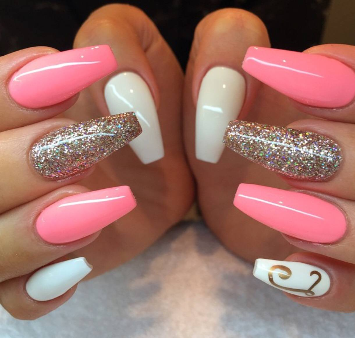 Nail Bar amp Spa located in Apple Valley Minnesota is a local nail spa that offers quality services including nail services spa pedicure gel manicure nail