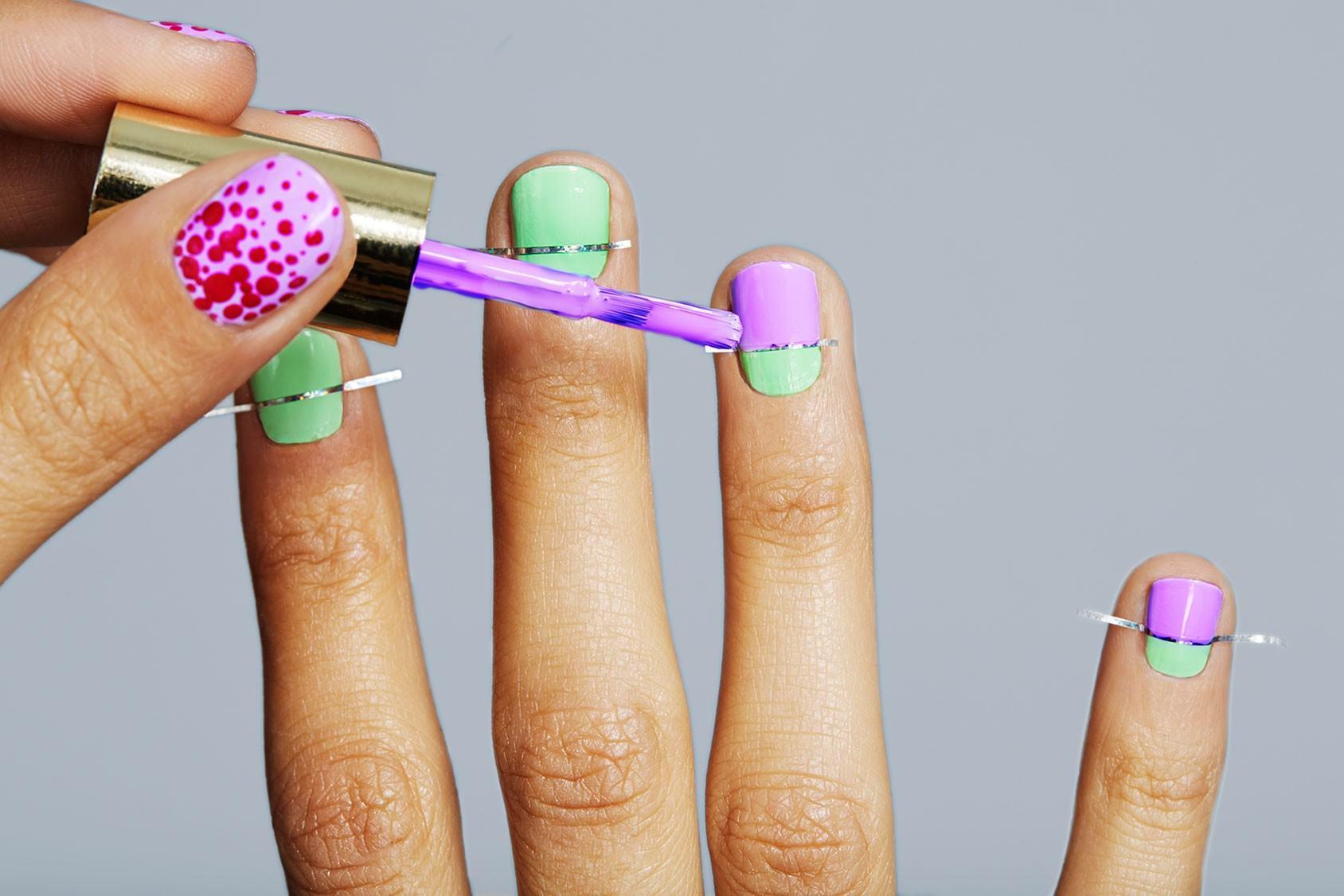 Массаж шейно-воротникового отдела  дизайн ногтей рисунки в новосибирске здесь представлены цены на дизайн ногтей рисунки в маникюрных салонах в новосибирске.