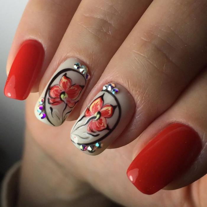 Рисунки на ногтях - 50 лучших идей  красиво и празднично выглядит и кружевной дизайн ногтей.