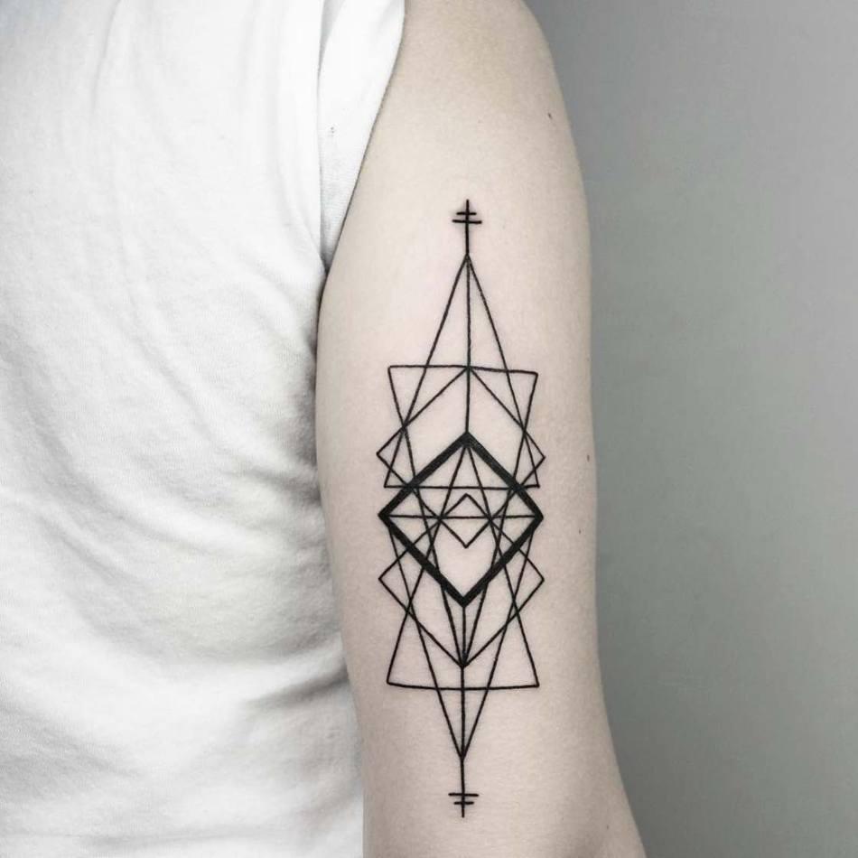 Trend геометрические татуировки на руке
