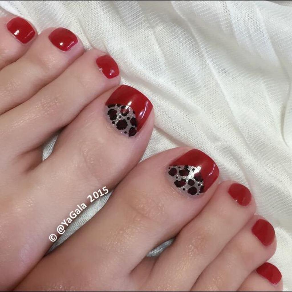 дизайн ногтей красного цвета с золотом фото